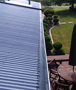 Corrugated roof gutter Guard